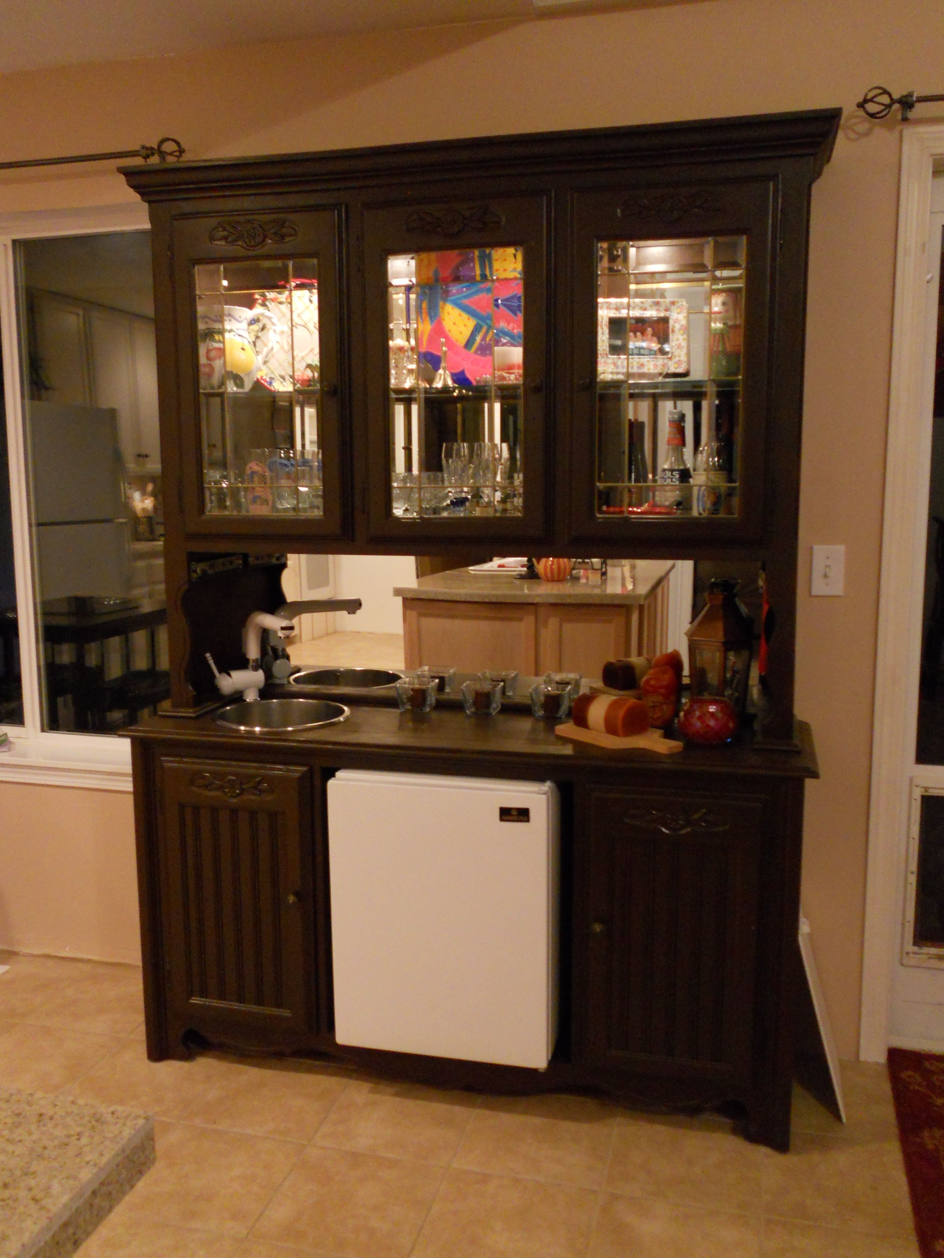 Homemade wet bar when i couldnut sell my old oak china hutch i
