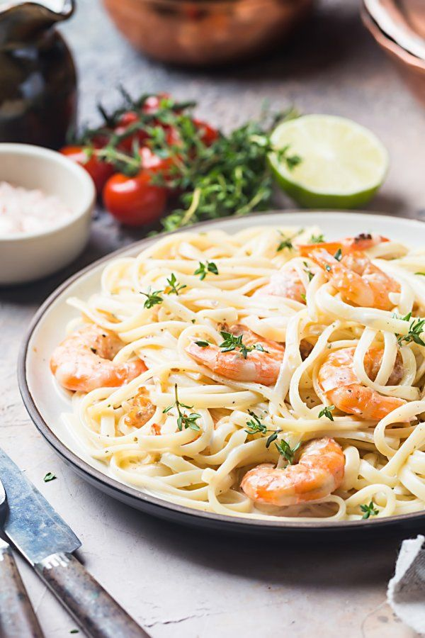 Photo of Spaghetti with shrimps in creamy cream sauce