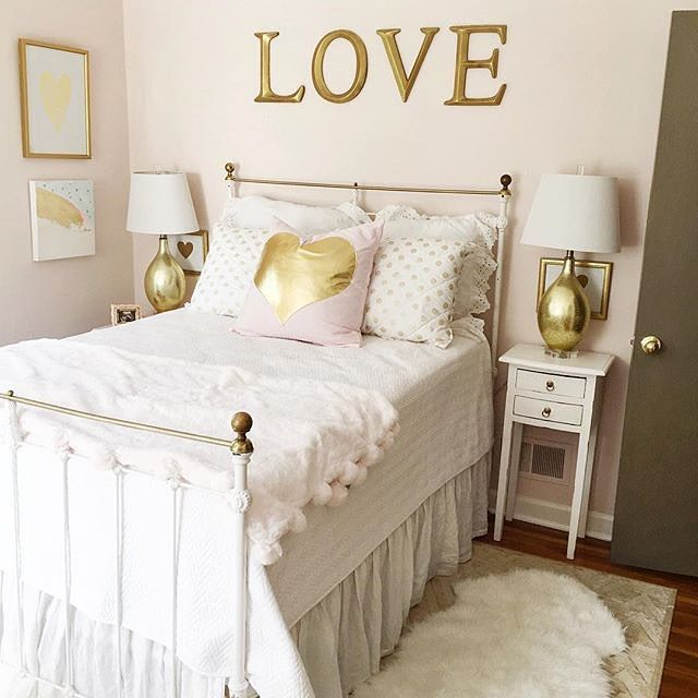 We love this gold and white themed bedroom designed by - White and gold room decor ...