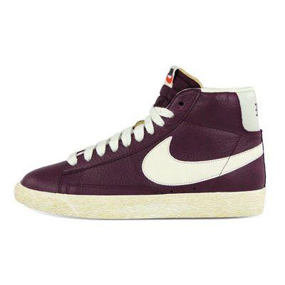 Nike Womens Blazer Mid Leather Vintage in Bordeaux  720a180d7