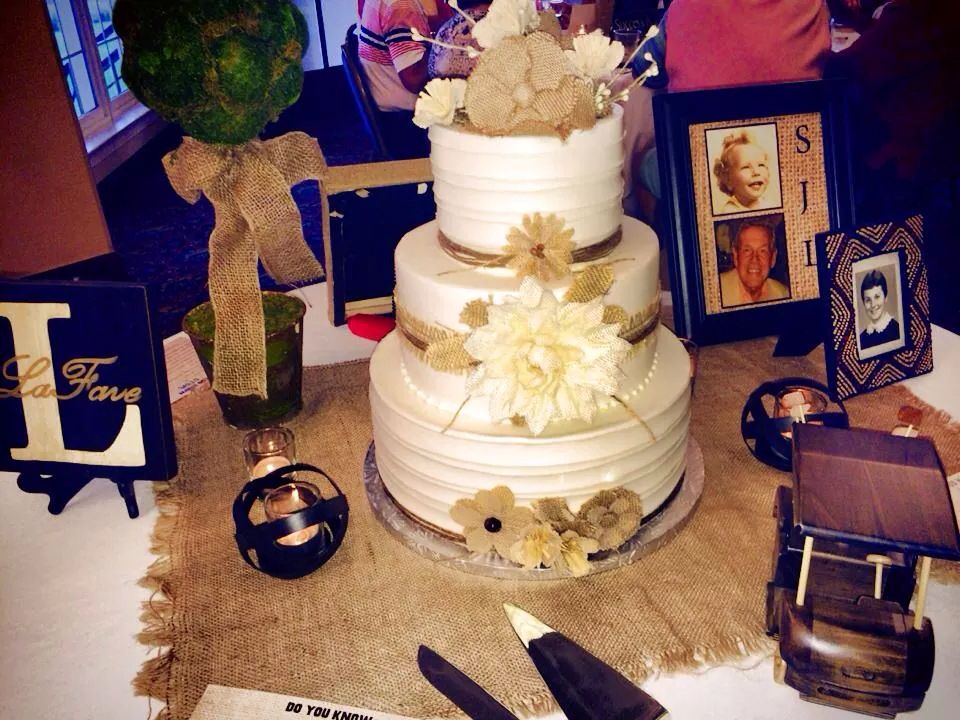 Rustic country burlap cake, by The Baking Grounds Bakery