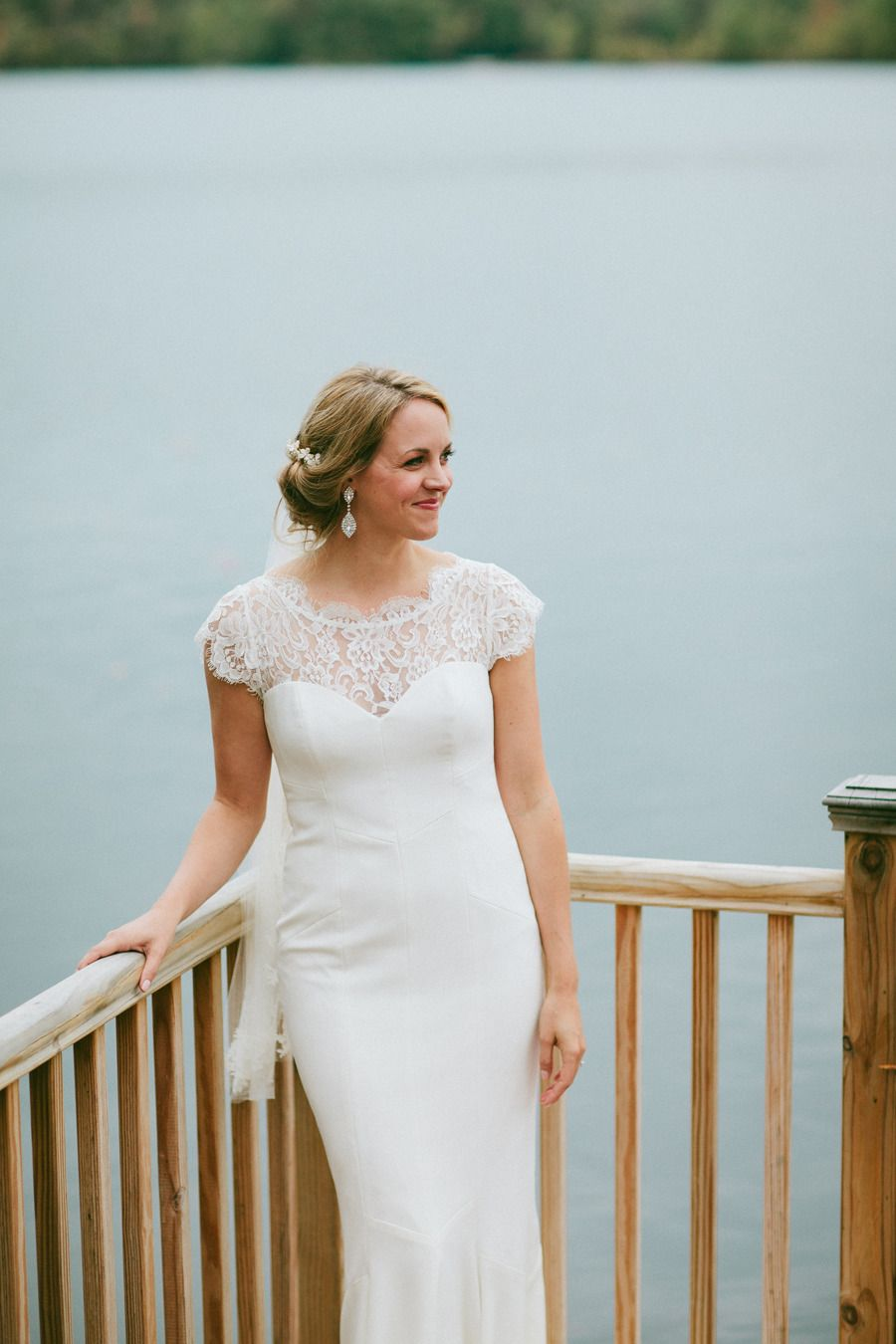 Lakeside Poconos Wedding with a Camp Vibe   Nicole miller wedding ...