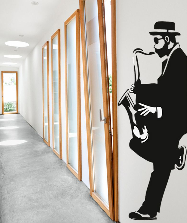 Músico Saxofonista - Vinilo Adhesivo, decoración de paredes. $99.900 COP. Encuentra más vinilos adhesivos en www.giferent.com/vinilos-decorativos-adhesivos