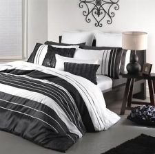 Carrera Black White Double Bed 3pc Quilt Doona Cover Set - Logan and Mason