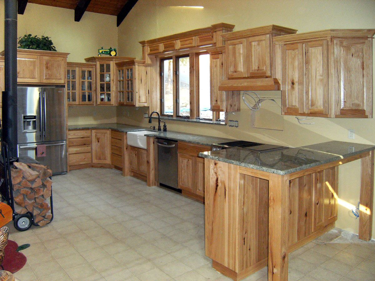 Natural Hickory Cabinets With Silver Pearl Granite Countertops Hickory Kitchen Cabinets Hickory Kitchen Hickory Cabinets