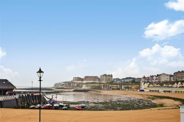 Broadstairs harbour view Partial Sea Views (Seaside Property UK