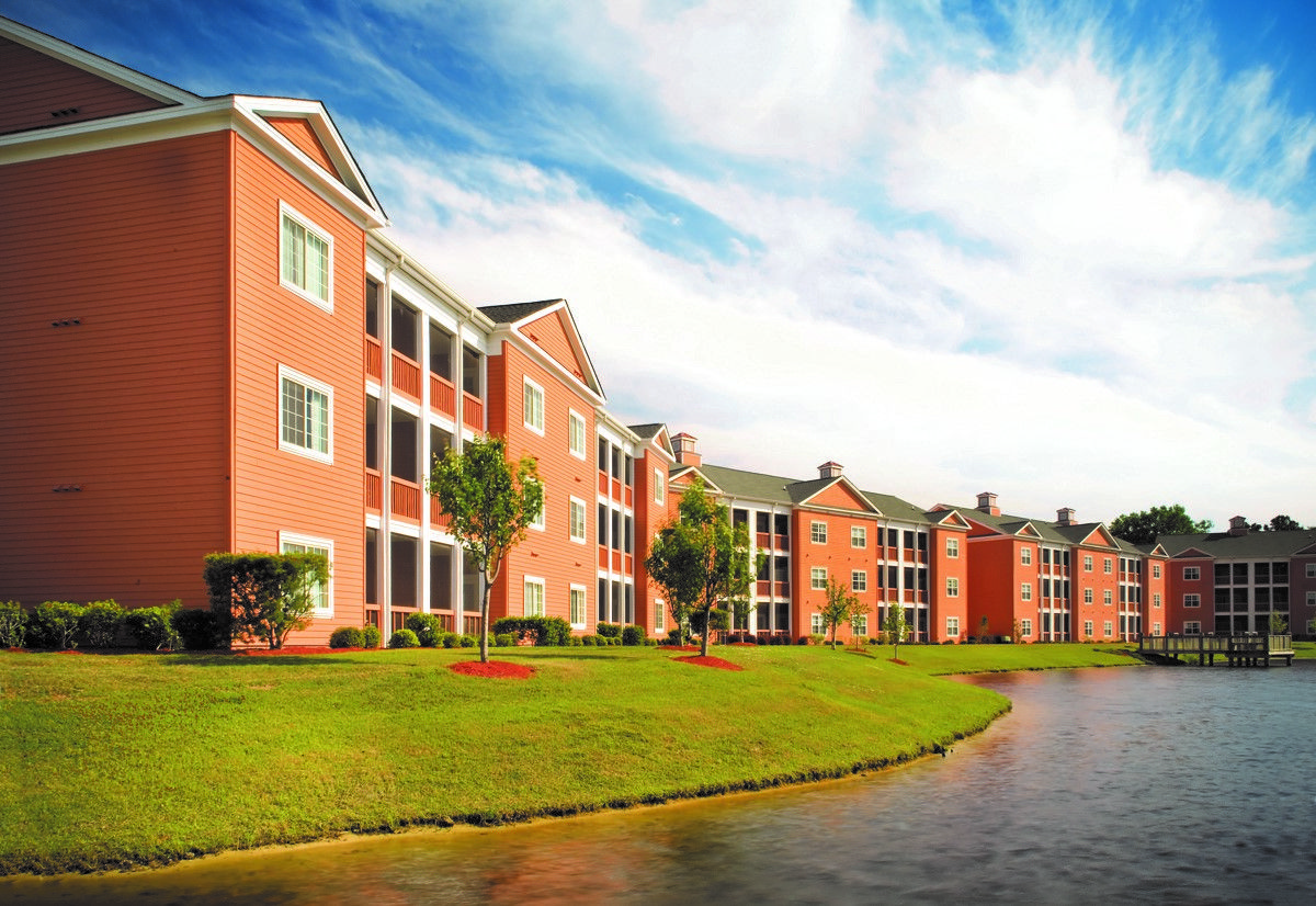 Situated On The Intracoastal Waterway Just Minutes From The Beach