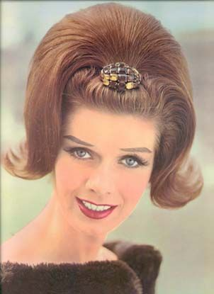 French Styles From 1962 Vintage Hairstyles 1960s Hair Retro Hairstyles