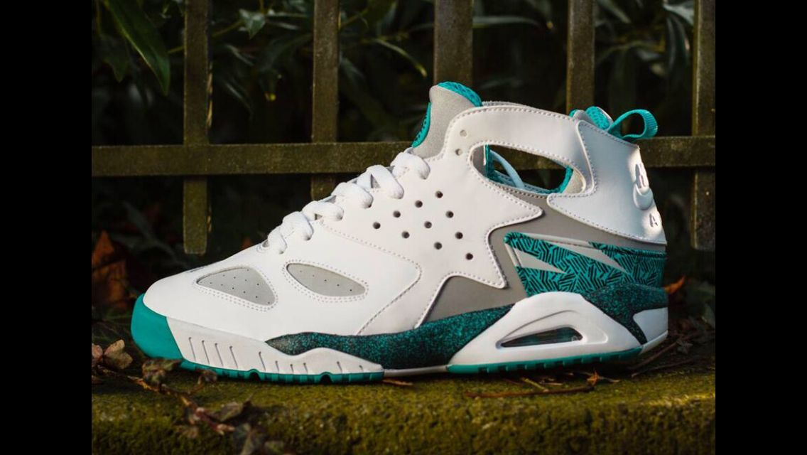 lowest price 72e65 c2fb6 ... 50% off dont sleep on these nike air tech challenge huaraches turquoise  charlottehornetsthrowbackmatch rocking the