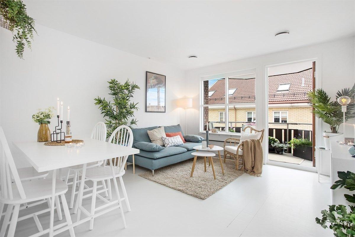 FINN – En hvit boligdrøm på Kampen - Lys og gjennomgående 2-roms med stor, solrik balkong. Heis. Rolig og idyllisk nabolag!