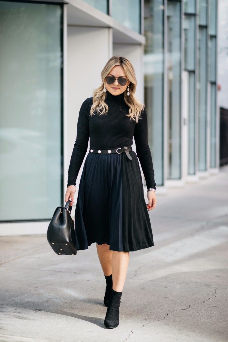 f43416e638 ... turtleneck bodysuit, a Claudie Pierlot pearl studded belt, Le Specs  aviators, a Leith navy and black pleated skirt, and Steve Madden ankle  booties ...