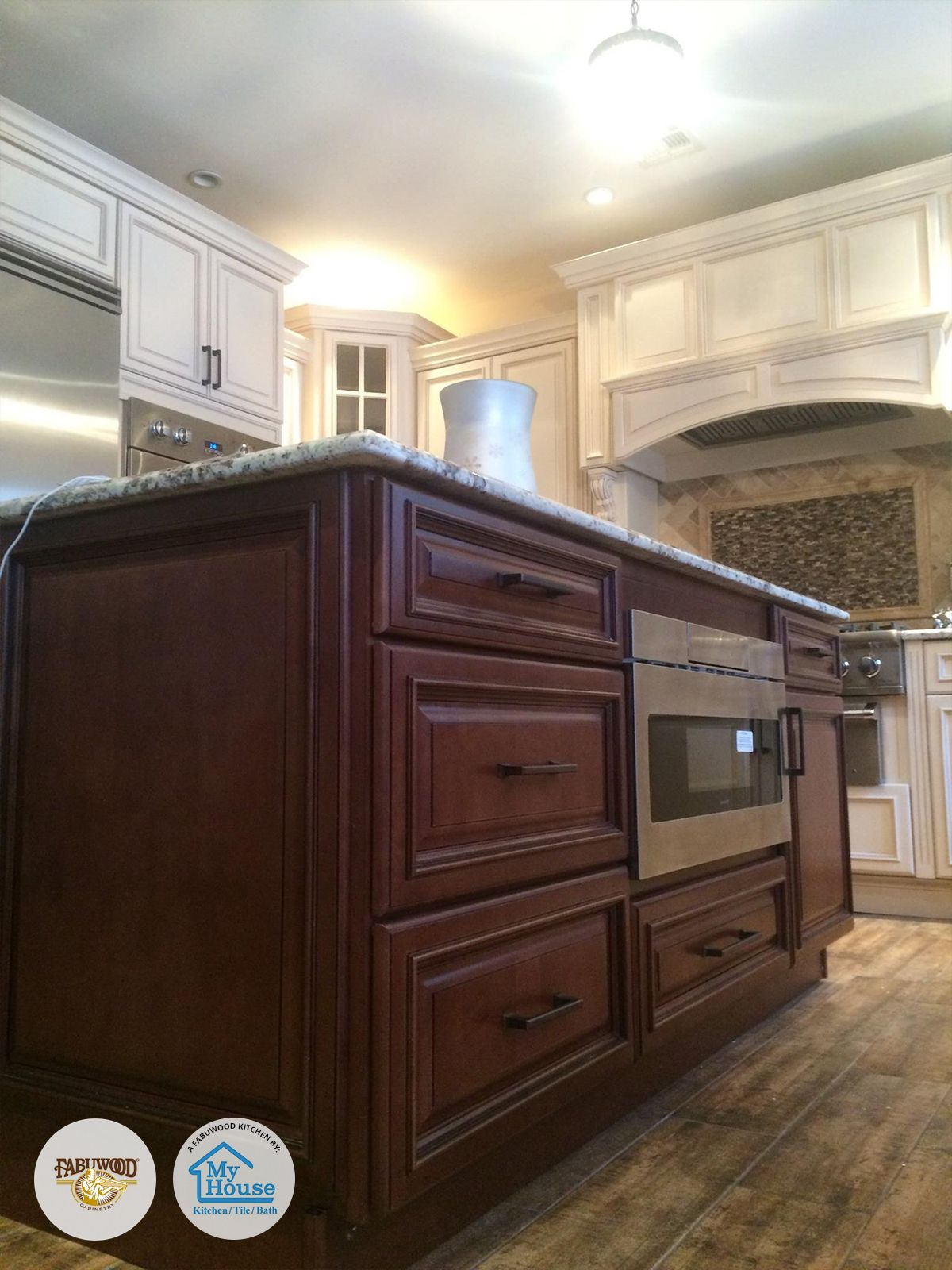 Our Wellington Cabinets In Cinnamon And Ivory Built By My House Kitchen Tile And Bath Located In Union Nj Is Both Ver Fabuwood Cabinets Kitchen Kitchen Design