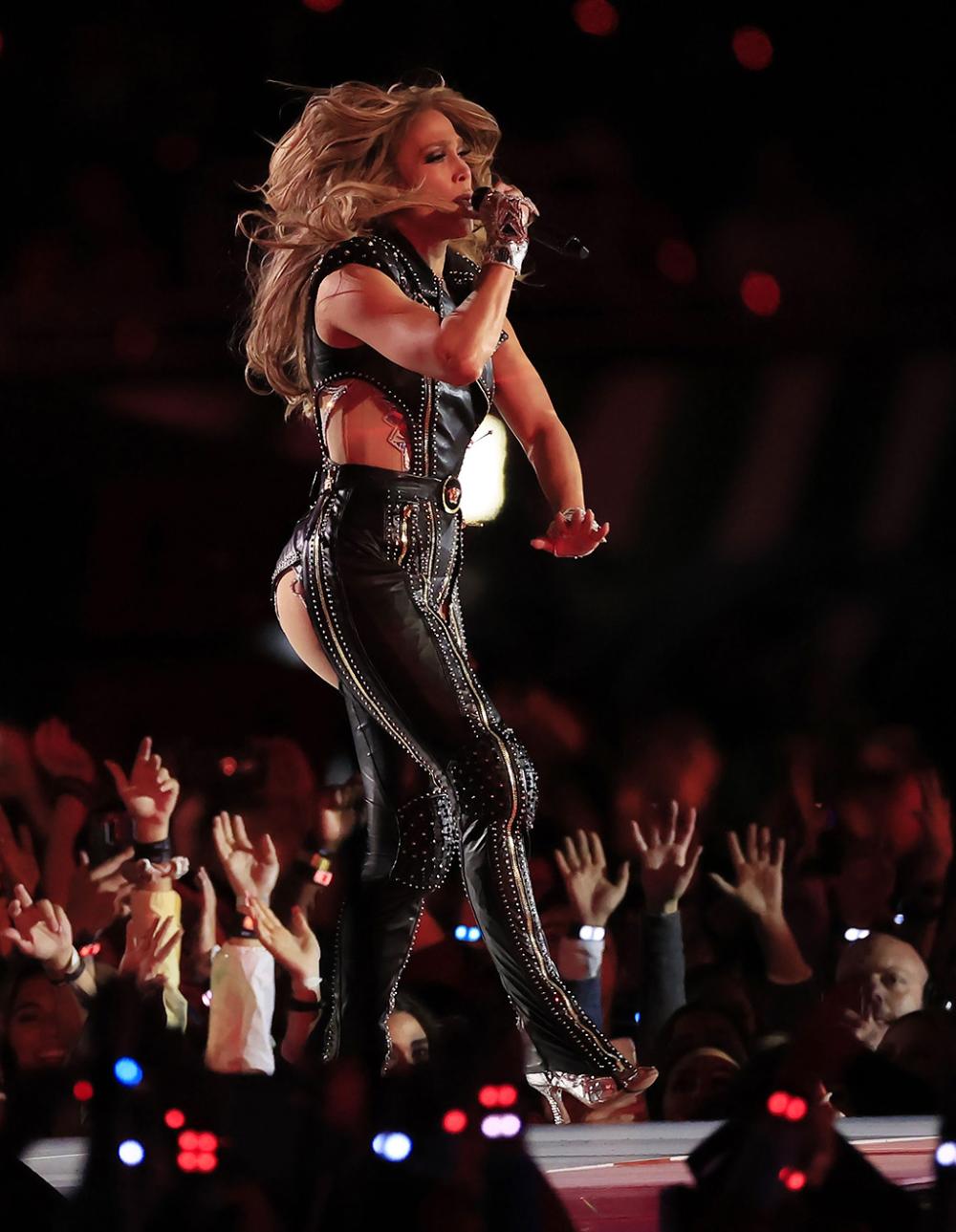 J Lo Brings Down The House At Super Bowl 54 Jennifer Lopez Celebrity Shoes Jennifer