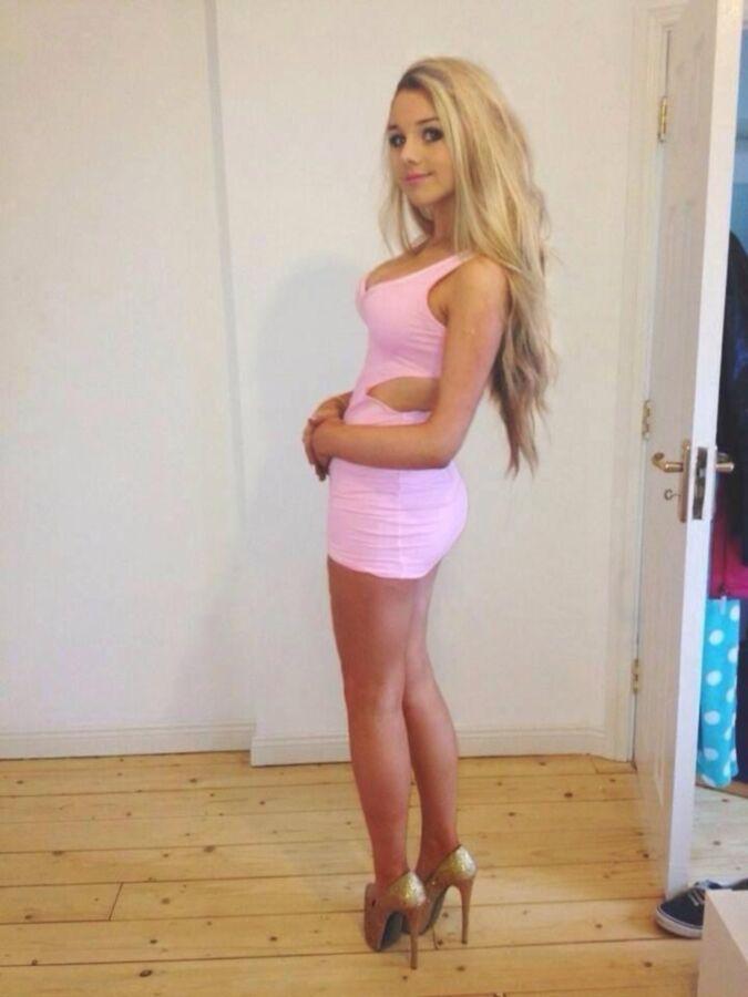 teen girls short tight dress skirt high heels sexy erotic ...