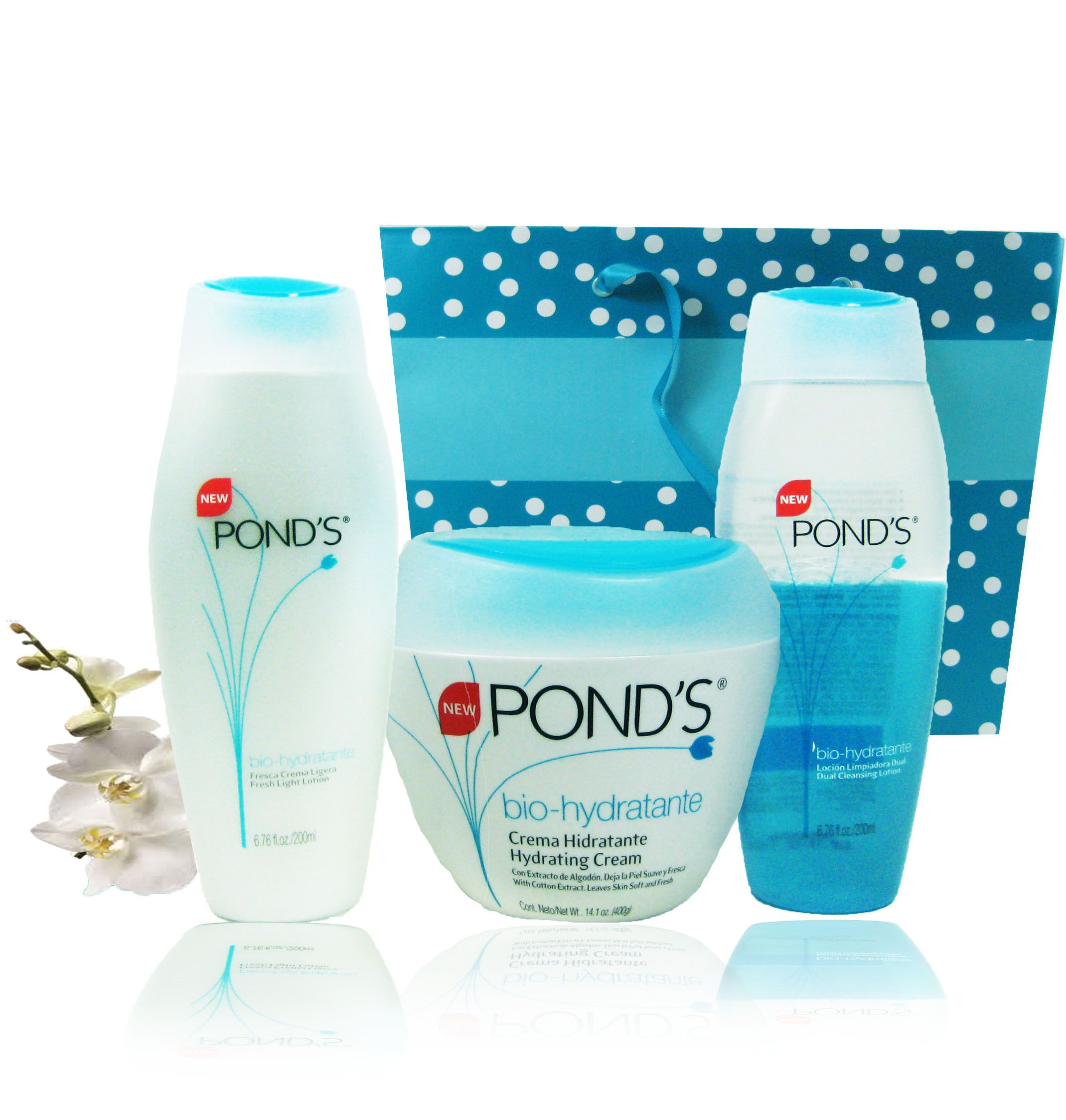 Perfect Mother S Day Gift Pond S Skin Cleansing Lotions And Hydrating Cream Are Bestseller Items Th Hydrating Cream Light Fragrance Perfect Mother S Day Gift