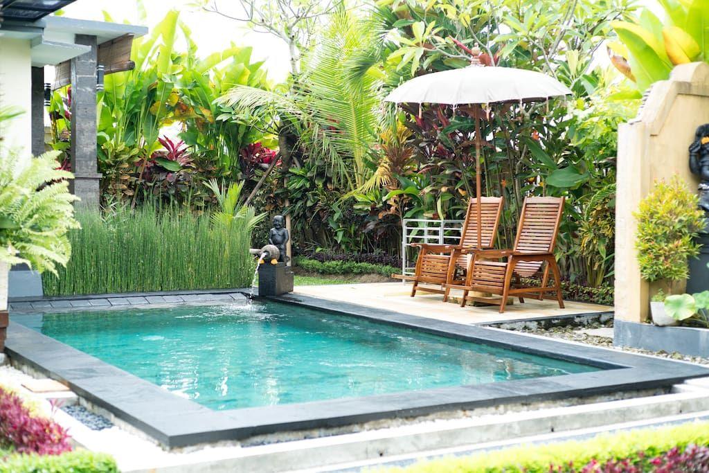 Villa i Ubud, Indonesia.  Une nouvelle maison privée et de la marque isolée au milieu des rizières, PSA vous permettra de profiter de la vie à Ubud à son meilleur: profiter de la piscine et le jardin après une promenade autour, dormir avec les sons de la nature luxuriante...
