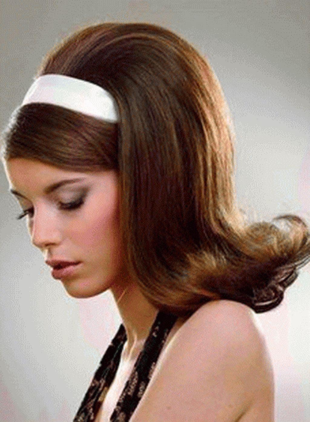 Classic 60's flip   Peinados retro, Peinado de los 80