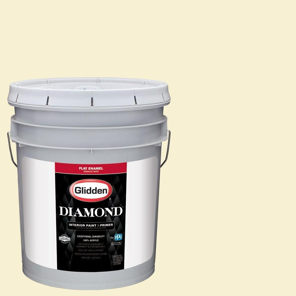 Glidden Diamond 5 gal. #HDGY57 Spring Pear White Flat Interior Paint with Primer