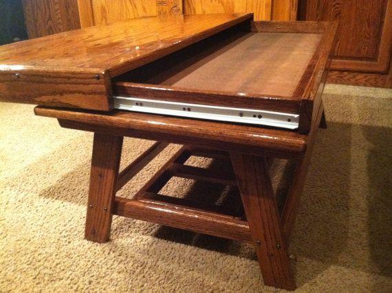 Rustic Oak Coffee Table With Hidden Compartment Par Terramaeandco