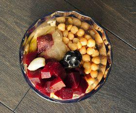Vegan Family Recipes: Valentine Hummus - Beets and Garlic