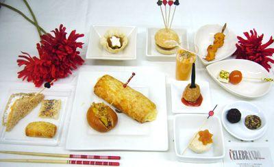 #LUNCHGOLD 13 piezas saladas y 2 dulces    23,50€ por persona http://celebrandoencasa.com/servicios/catering/selection.html