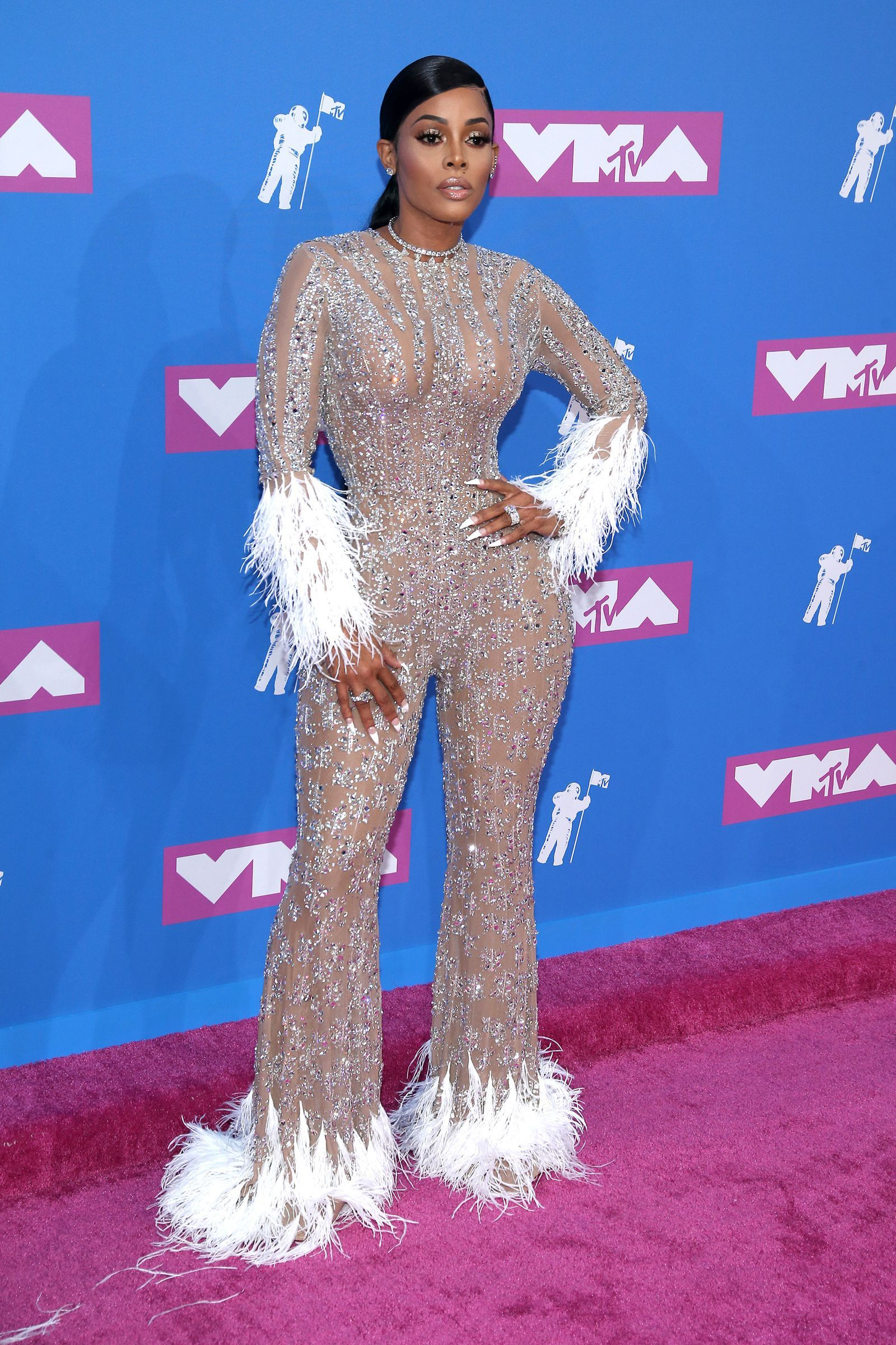 caacdac7a18 See All the Red Carpet Looks From the 2018 MTV VMAs- HarpersBAZAAR.com Urban
