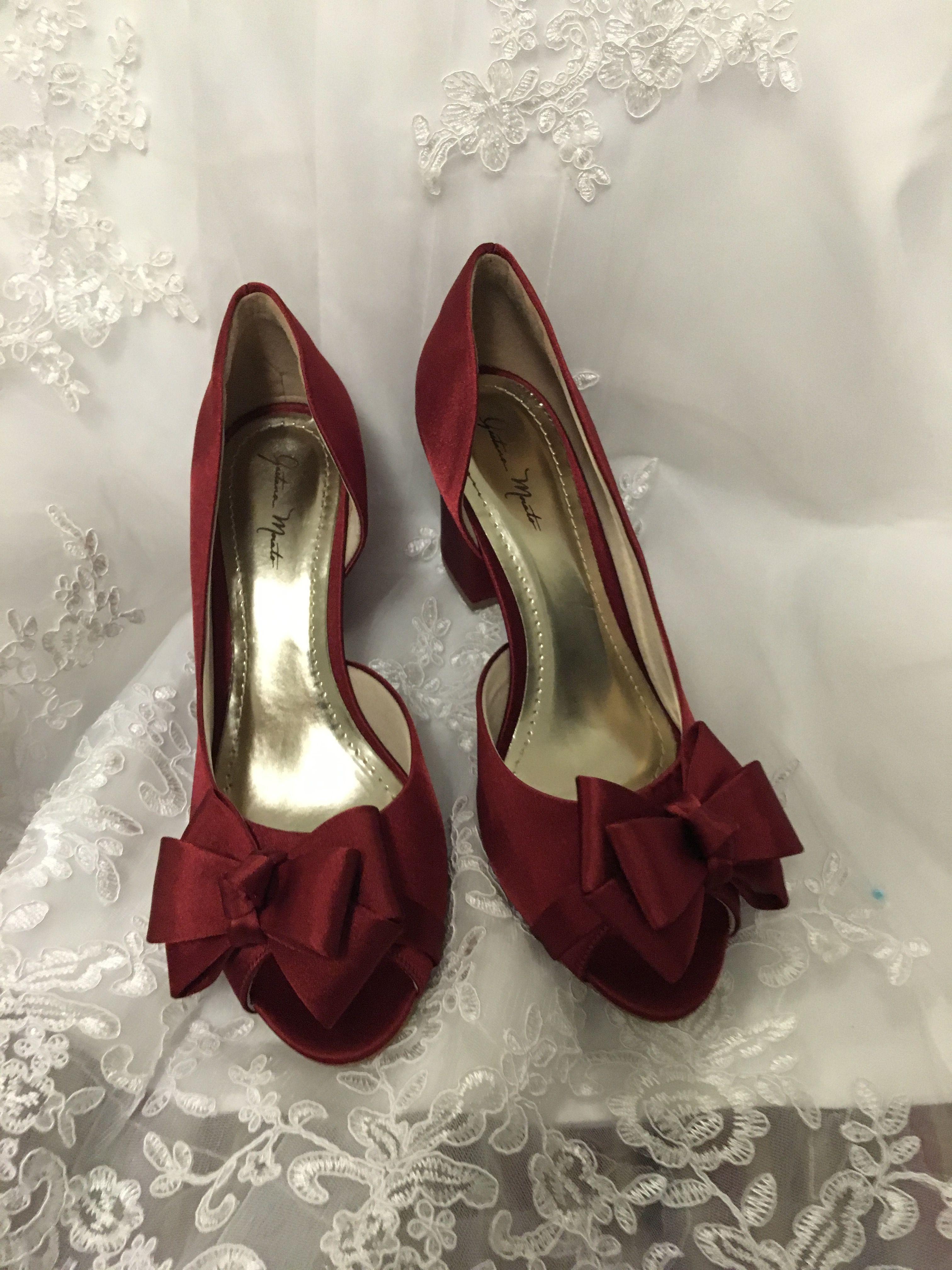 1fc82fe30 Os mais lindos sapatos, sandálias e sapatilhas para noivas, debutantes e  festas. Cetim