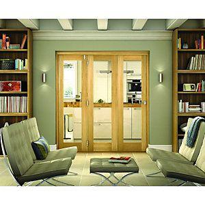 Wickes Belgrave Internal Folding 3 Door Set Oak Veneer 1 Lite 2074 x ...
