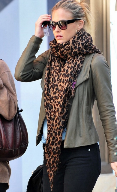 leopard scarf // i reallyyyy want one of these!!
