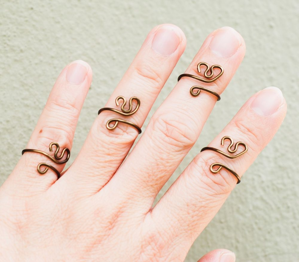 Abstract Heart Love Unique Wire Knuckle Toe Midi FUN Ring