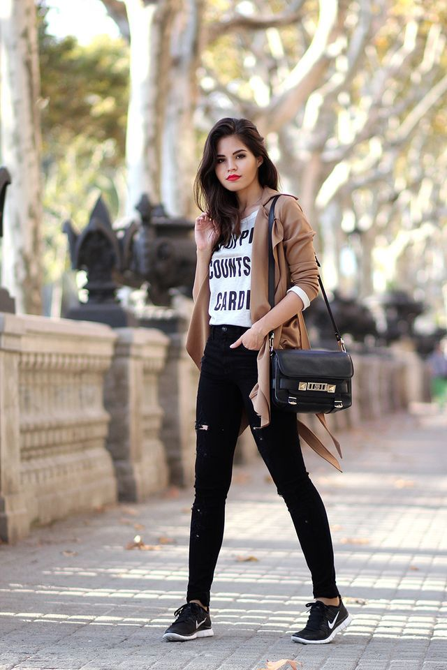 camel trench coat, sweatshirt, ripped high waisted jeans, Nike Free 5.0 ,  Proenza
