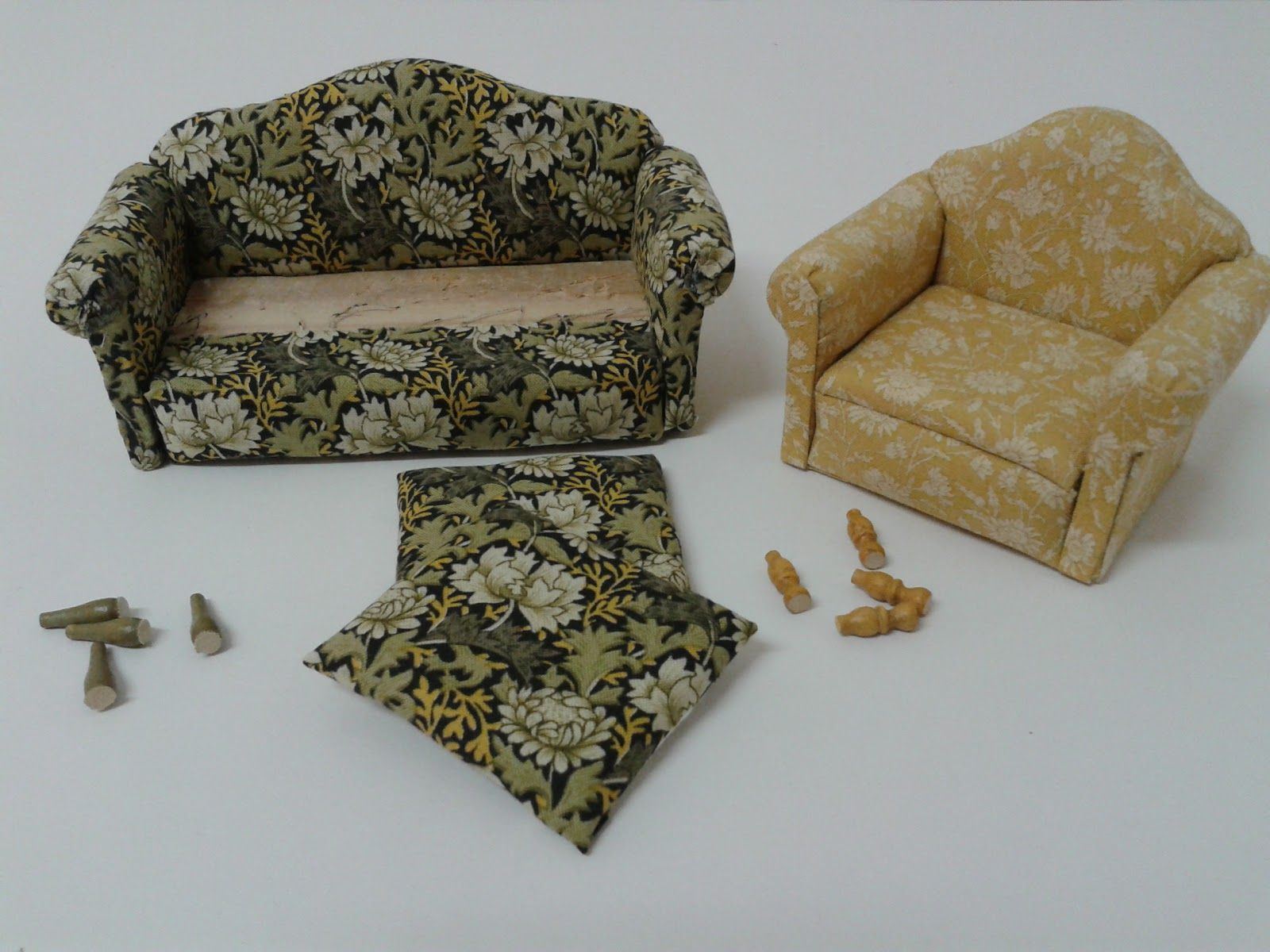 The Living Room Just Needed A Cosy Couch And Easy Chair. But I Hesitated;.  Miniature HousesMiniature DollhouseMiniature FurnitureDollhouse ...