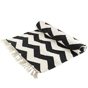 teppich schwarz wei zick zack muster 60 x 140 cm. Black Bedroom Furniture Sets. Home Design Ideas