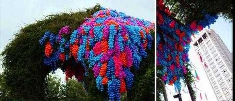 90,000 Colorful Ball Art Installation In La Havre
