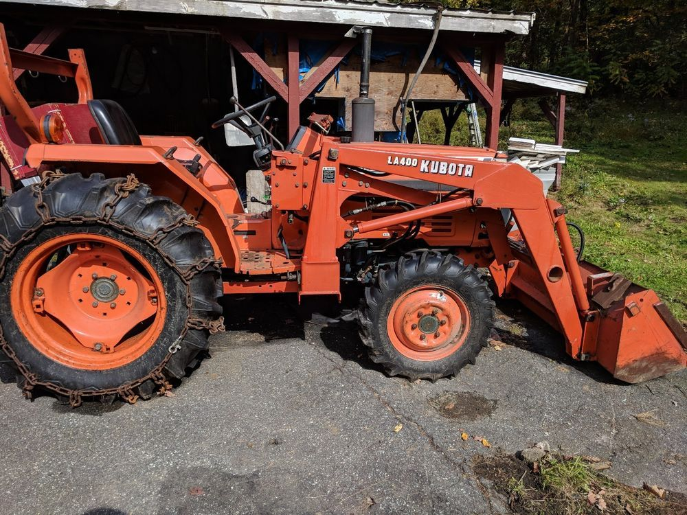 Kubota Tractor L2550 With La400 Front Bucket 650 Hours Farmequipment Johndeere Countrysuppies Farm Tractor Tractors For Sale Tractors Kubota Tractors