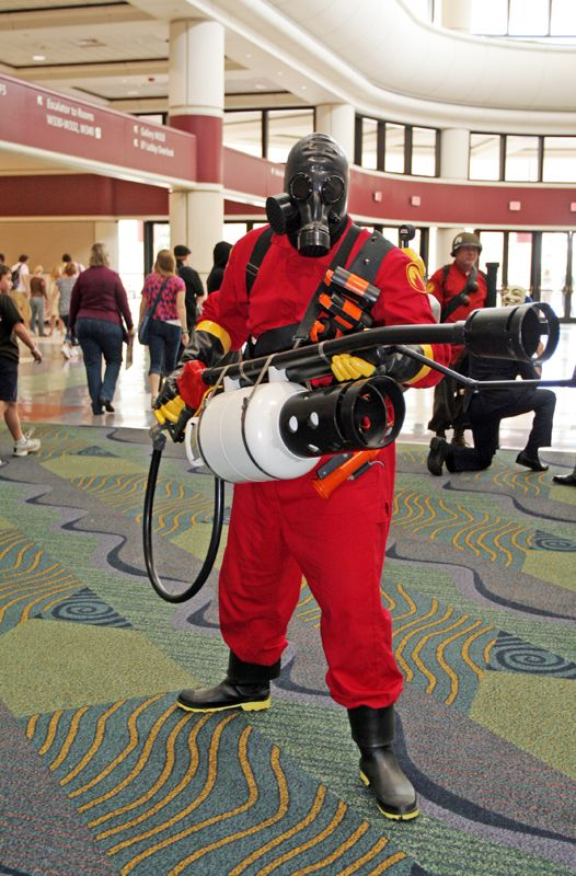 Team fortress 2 Red Pyro Cosplay Costume Custom Made