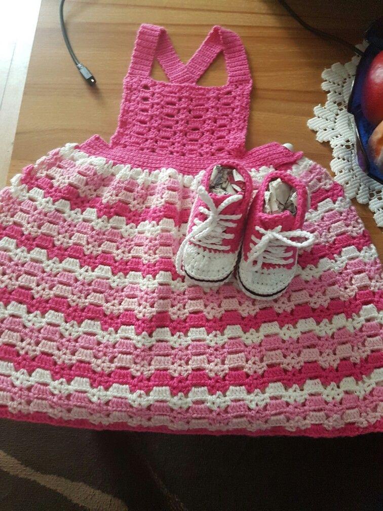 Baby Kleidchen Aus Der Sabrina Baby Sb002 Mit Baby Chucks