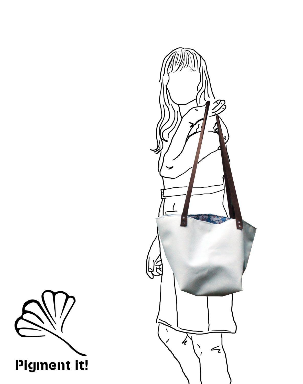 """Cabas """"Snow White"""", Grand sac à main en  tissu  recyclé, cabas, sac à main, simili cuire blanc de la boutique Pigmentit sur Etsy"""
