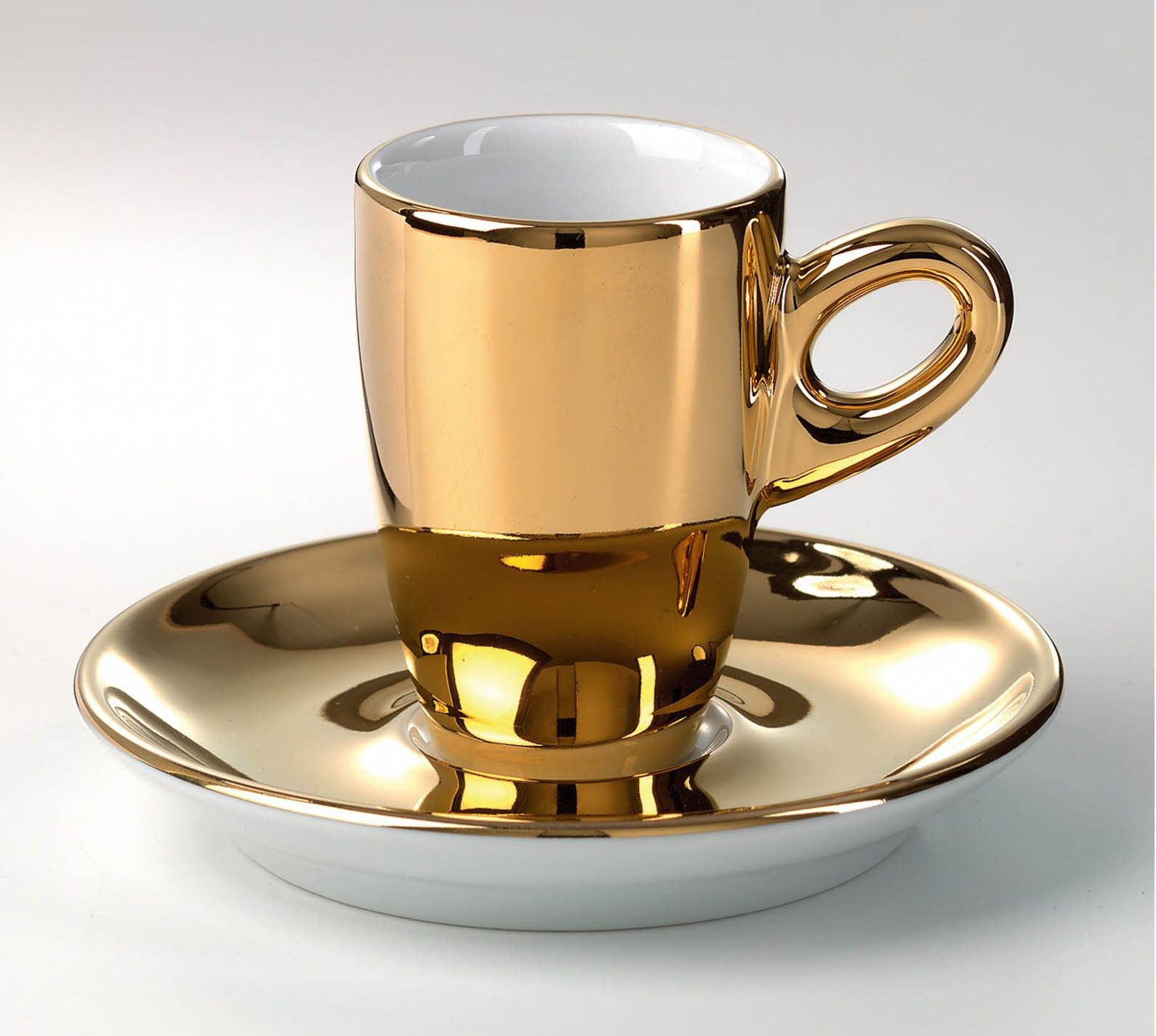 walkuere gold espresso cup pazza per espresso. Black Bedroom Furniture Sets. Home Design Ideas