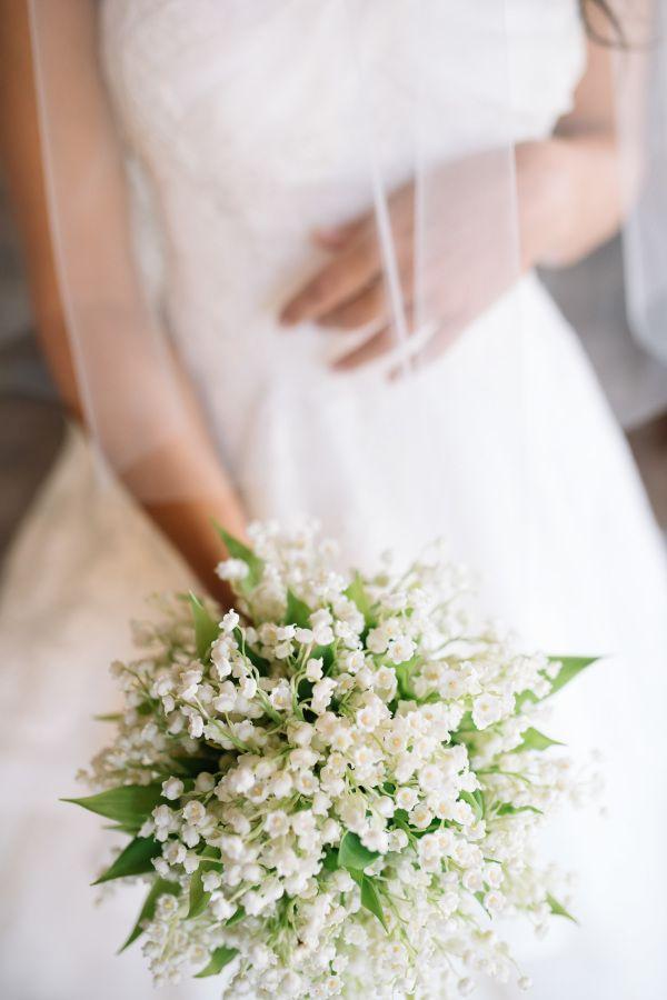 Romantic white wax flower bouquet: http://www.stylemepretty.com/destination-weddings/italy-weddings/2016/01/26/classic-romantic-destination-wedding-in-tuscany/ | Photography: Stefano Santucci - http://tastino0.it/