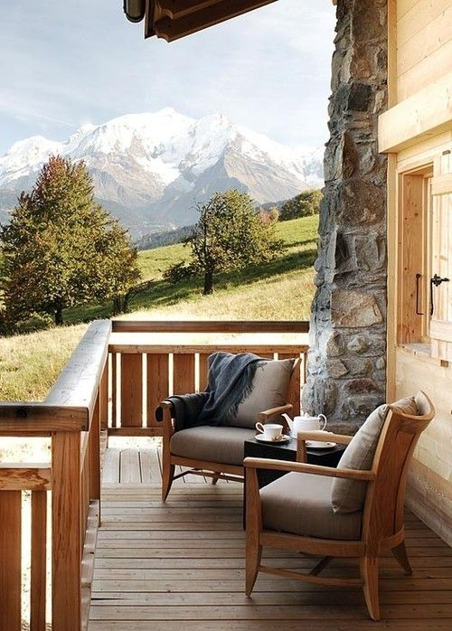 Beautiful And Simple Porch Patio Furniture For Your Mountain Cabin