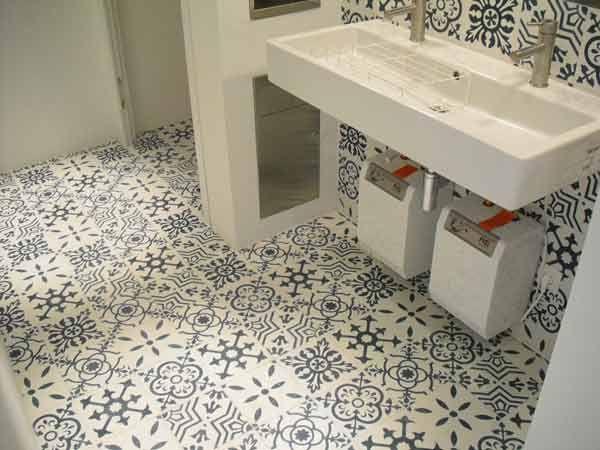articima zementfliesen patchwork mehr auf inspirierende k nstler tiles. Black Bedroom Furniture Sets. Home Design Ideas