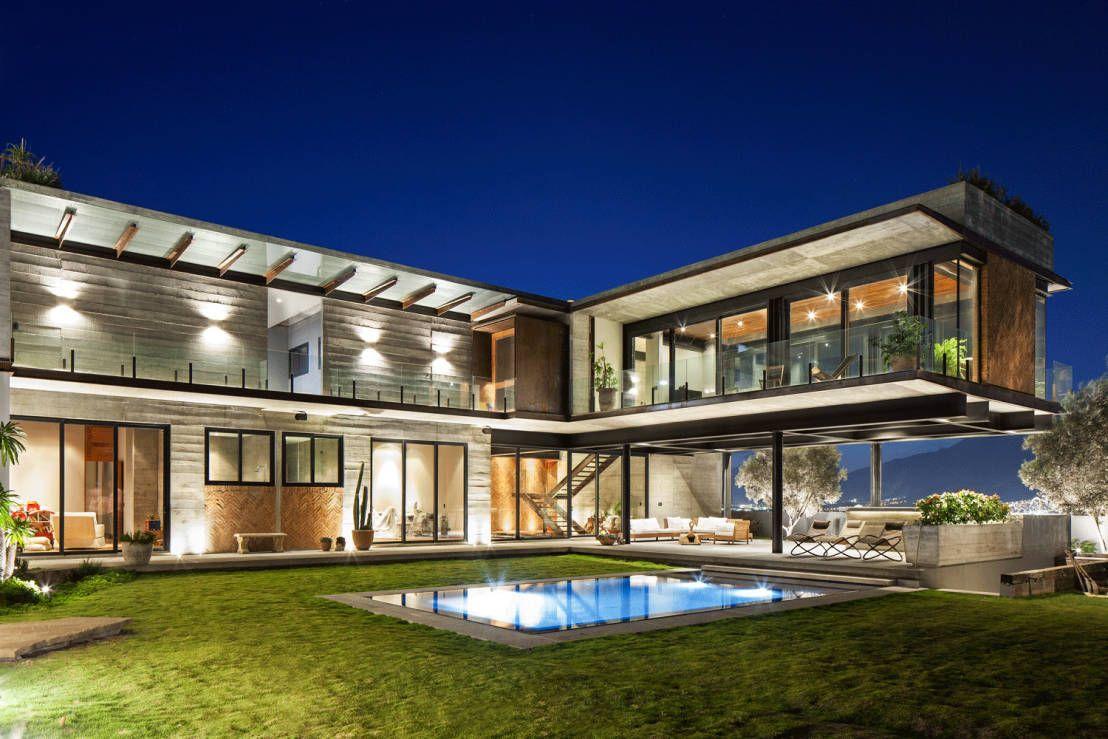 Casas Modernas Con Alberca 10 Disenos Por Arquitectos Mexicanos Casas Modernas Casas Modelo De Casas Modernas