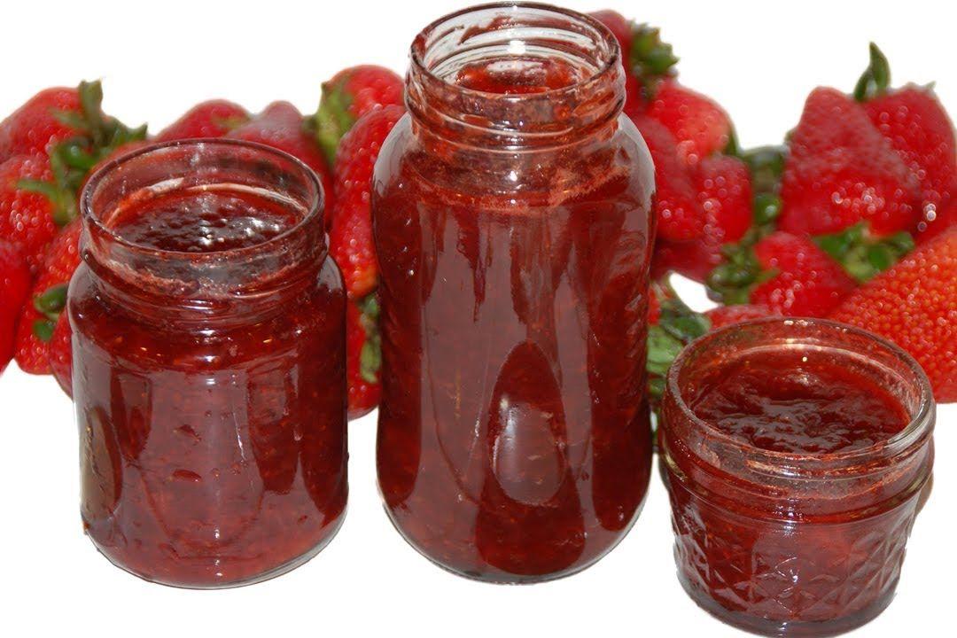 Mermelada de fresa. Ingredientes: 1 kg de fresa 750 gr de