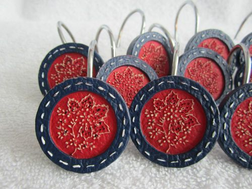 Red & Blue Shower Hooks Country