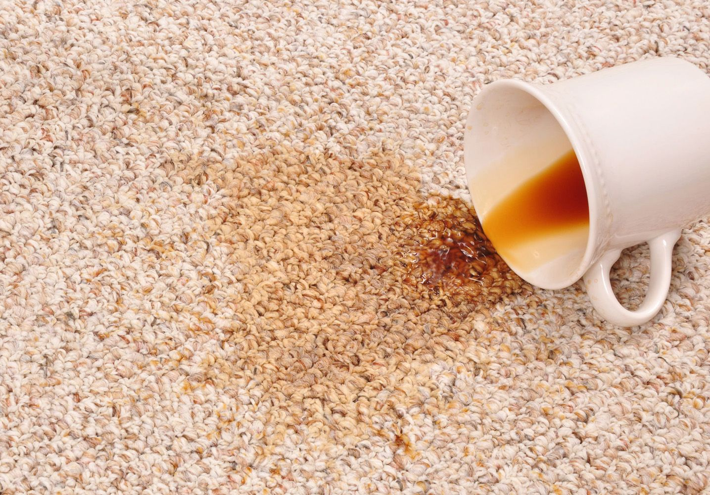 How To Clean Carpet Stains Coffee Tea Spills Fresh Spilled Coffee Or Tea On Carpet Shoul Cleaning Carpet Stains Natural Carpet Cleaning How To Clean Carpet