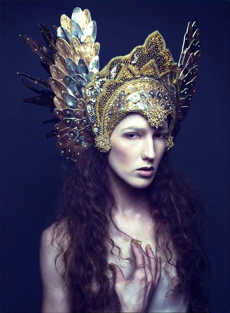 .Photographer: Daniel Jung Headdress: Miss G Designs