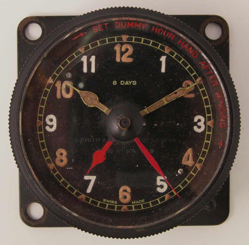 spitfire clock. a typical raf ww2 aircraft clock. www.militarywatchbuyer.com spitfire clock