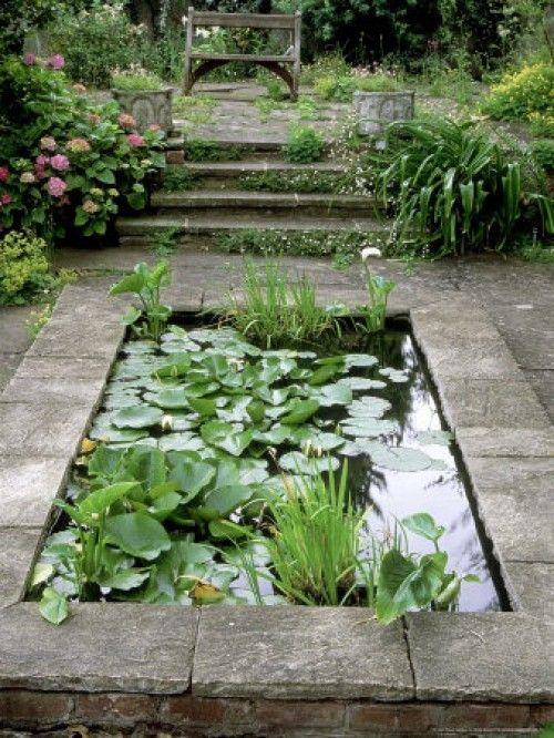 Vijver idee n tuin pinterest idee n tuin en vijvers for Kleine tuinvijver