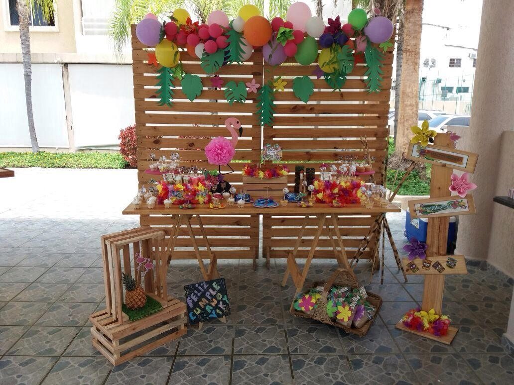 Cumplea Os Hawaiano Lleno De Colores Decoraciones Sencillas  # Muebles Hawaianos